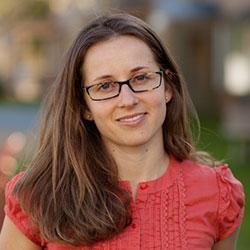 Elena Mihaly